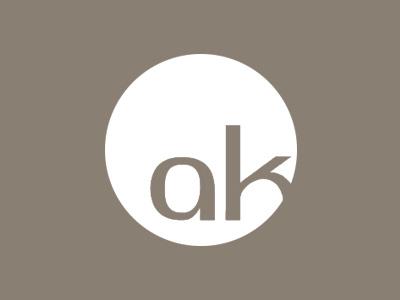 Kunde KFO Dr. med. dent. Anita Karoglan | Medien Design Atelier München