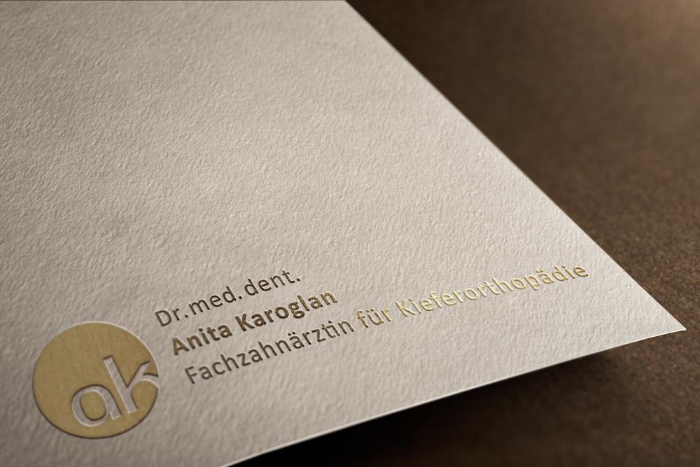 Logo | Kieferorthopädie Dr. med. dent. Anita Karoglan